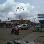 Di Hari Libur, Pedagang Kuliner Rengas Condong Tetap Berjualan